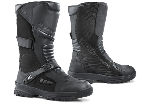 The ADV Tourer boots are designed for a mix of street and mountain roads. The multi-flex sole allows for comfortable walking when off the bike.