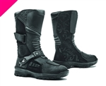 The ADV Ladies Tourer boots are designed for a mix of street and mountain roads. The multi-flex sole allows for comfortable walking when off the bike.