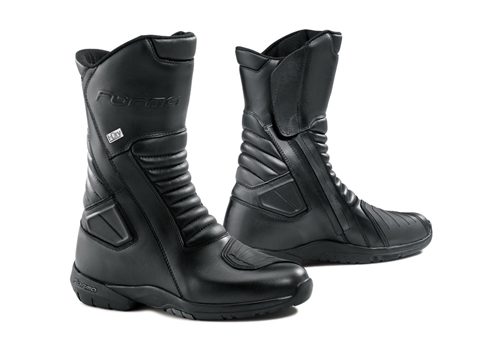 The JASPER Tourer boots are designed for a mix of street and mountain roads. The multi-flex sole allows for comfortable walking when off the bike.