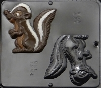 1284 Skunk Chocolate Candy Mold