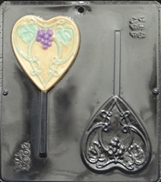 3002 Heart with Grapevine Lollipop