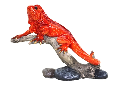 Red gecko on branch ornament