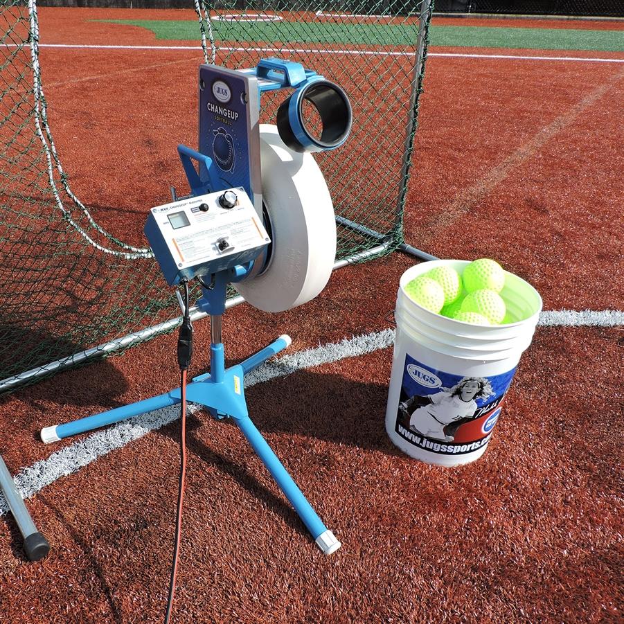 jugs changeup super softball pitching machine hittingworld com