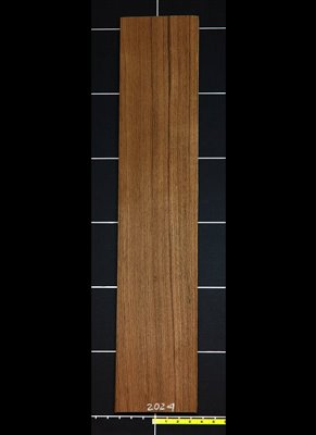 Teak QC Stripe wood veneer