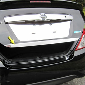 Rd as well Nissan Rogue Auto Dimming Rearview Big additionally Nissan Versa Sv Auto Sedan Engine as well Nissan Altima Dr Sedan moreover A. on 2013 nissan versa mirror