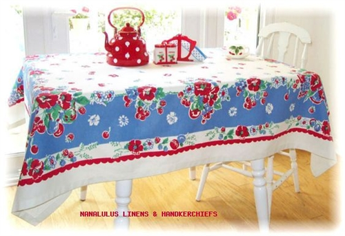 High Quality Bright RED Cherry Cherries Flower Berry Vintage Reproduction Tablecloth