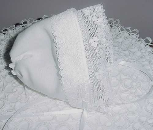 Magic Hankie Bonnet Irish Linen Shamrock Lace Wedding Handkerchief