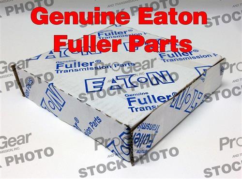 Eaton Fuller 12815 Freightliner Bell Housing Transmission Clutch Bushing Shaft