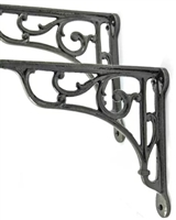 Heritage Bracket in Cast Iron