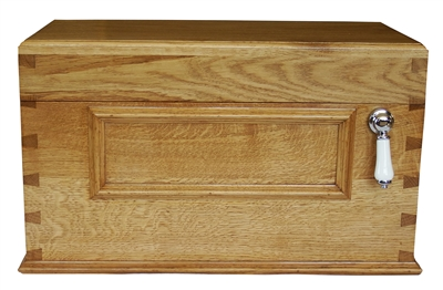 TRTC Traditional Low Level Wooden Oak/Mahogany/Painted Cistern