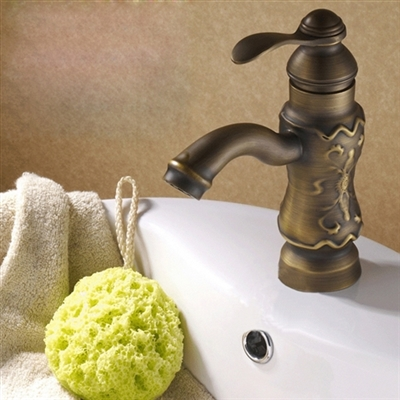 Sinistra Single Handle Antique Classic Brass Sink Faucet