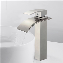 Colombes Single Handle Deck Mounted Bathroom Sink Faucet