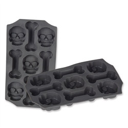 Skull & Bones Ice Mold (One Ice Mold Per Package)