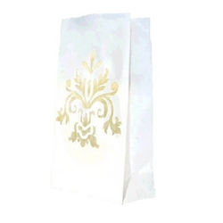 The Bridal Luminary Bags feature a beautiful cutwork design in the center of each paper bag. Insert a candle or other lighted object to cast a soft glow along the path created with these elegant bags. Instructions included. 24 bags per package.