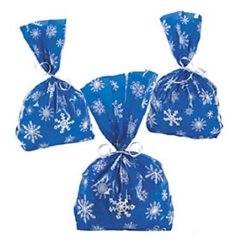 The Blue Snowflake Treat Bags are blue with white snowflakes and make the perfect gift for friends and family! They measure approximately 5 inches wide and 11.5 inches long. Contains 12 per package. *Does not include ties