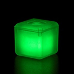 Green Glowing Ice Cube (1/pkg)