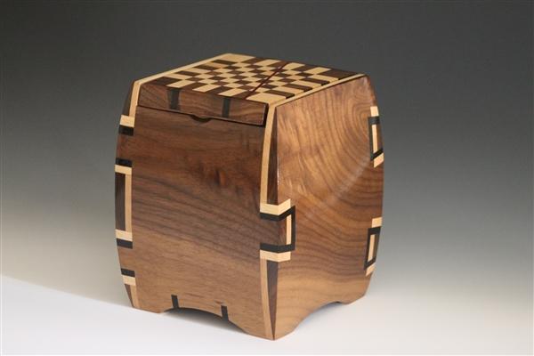 Walnut Jewelry Box with Maple and Wenge Dovetail Inlays 4 walnut