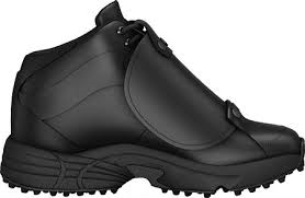 This is 3N2 Reaction Pro Plate Mid Umpire Shoes