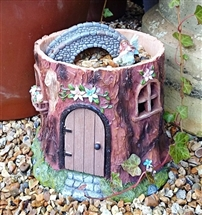 Fairy Wonderland Trunk with Flowers & Door 23cm