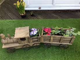 REDUCED, LIMITED TIME ONLY<p>Large Train Planter - 100cm