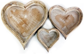 Set Of 3 Heart Trays 34cm