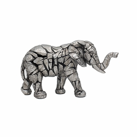 Natural World Distressed Silver Detailed Elephant Ornament