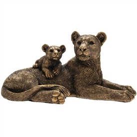 Bronzed Lion With Cub