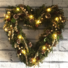 Natural Mistletoe LED Heart Wreath in Red Box 36cm