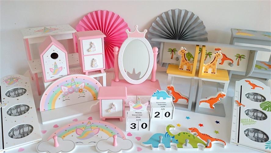 Little Dreamers Collection Rainbow Shelf