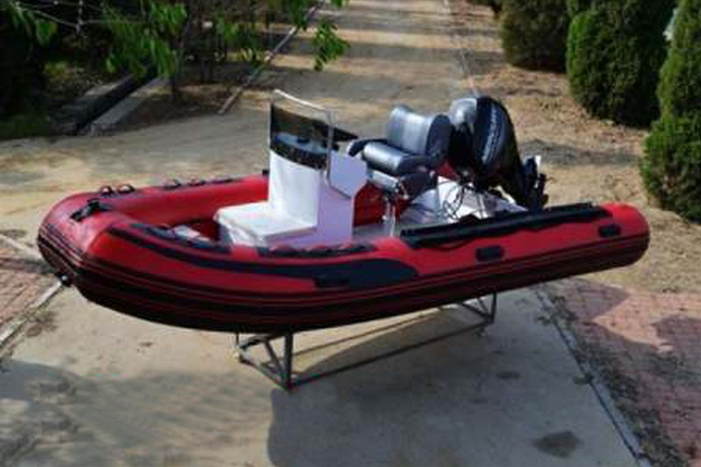 F-RIB730C-HP - FIBERGLASS HULL CENTER CONSOLE RESCUE BOAT - HYPALON - 24'
