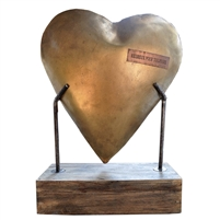 Metal Heart W/Base - Thoughtful Gifts for Moms