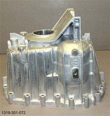 ZF S6-650 2wd Rear Housing, 1319-301-072U - Ford Transmission Parts