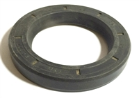 NV4500 Rear Seal GM with Bolt on Yoke, 18972, 17063