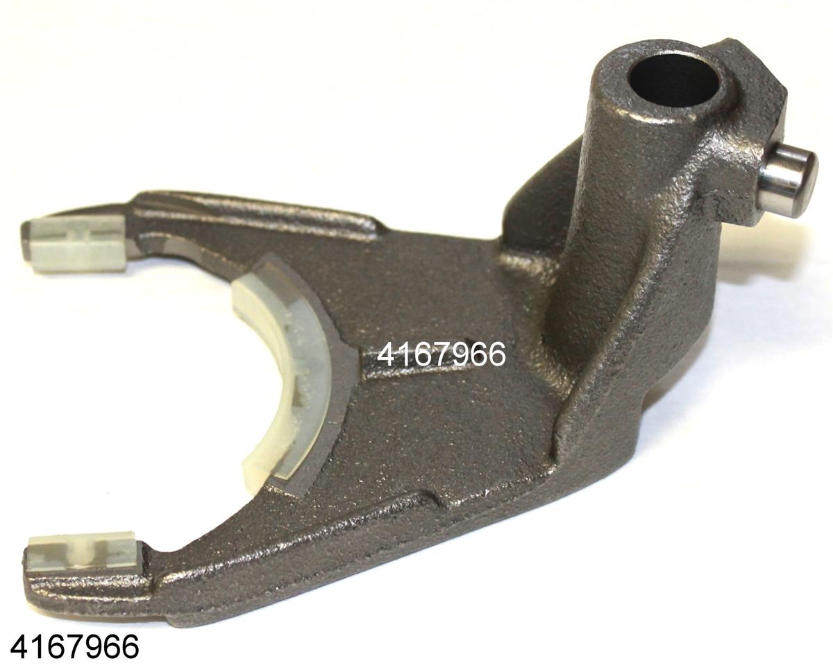 NP208 Range Fork, Chevrolet, 4167966R