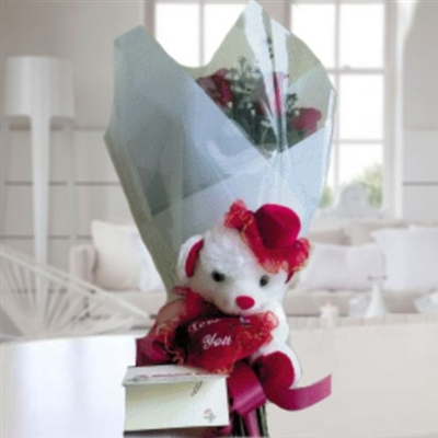 White teddy & bouquet