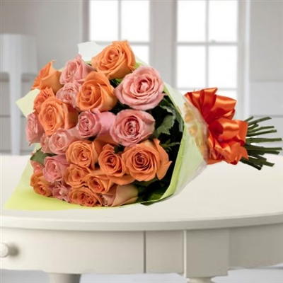 Salmon and pink roses bouquet