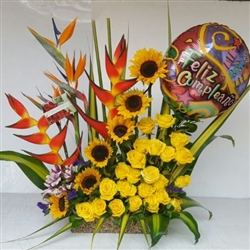 Tropical arrangement with balloon