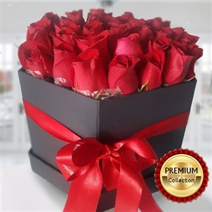LUXURY RED ROSES IN BOX