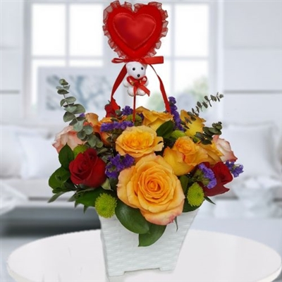 ROSES BASKET / AVAILABLE FOR BOGOTA ONLY
