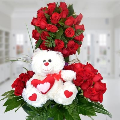 Topiario roses with teddy bear