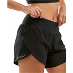 "2XU Women's XVENT 4"" Short"