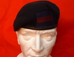Household Cavalry Silk Lined Beret ( HCR Military Beret + House Division Patch ) Navy Blue Army Berets