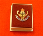 Quality Queens Own Highlanders Enamel Lapel Badge ( QOH Lapel Badge )