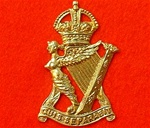 The Royal Ulster Rifles Cap Badge ( RUR Metal Cap Badge )