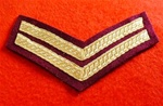 Number 1 Dress Para Corporal Chevrons ( CPL PARA NO 1 Dress Tapes Gold on Maroon )