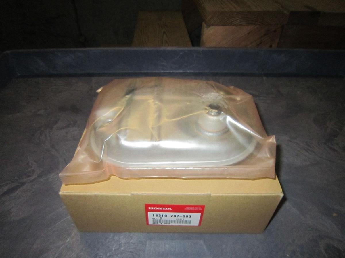 Honda Eu2000i Muffler For Early Models 18310 Z07 003