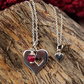 Mother Daughter in my Heart Necklace Set