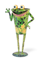 Filmore Bug Eye Frog Planter