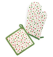 Strawberry Season Oven Mitt & Pot Holder Set