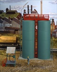 Quincy Loading Tanks Kit HO scale
